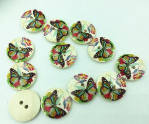 Wooden button 20 mm