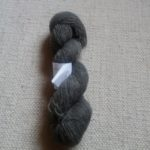 Undyed darkgrey yarn 8/1